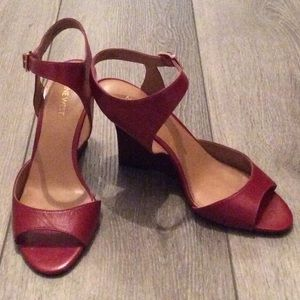 Nine West Red Endeneva Wedge Sandal NWOT Size 9.5